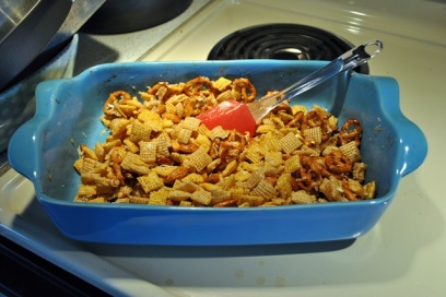 With only 4 cups of cereal, you can use a casserole dish or rectangular cake pan.